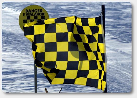 bandera-avalancha-foto-banderas-y-publicidad-garsan